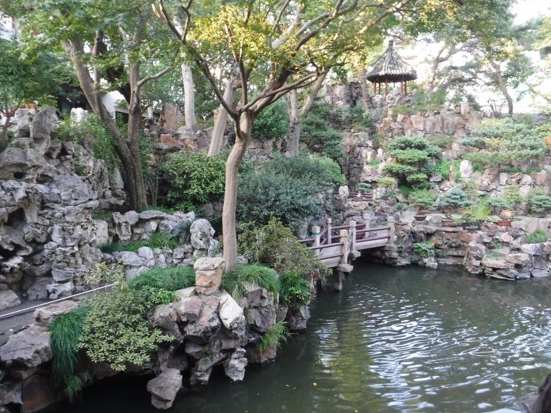 Gardens in Shanghai Chinatown.1