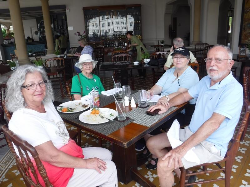 Rex Rooftop Hotel Rest Bar